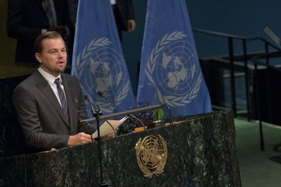 A través de su la Leonardo DiCaprio Foundation el actor comunicó que donará 15.7 millones de dólares a organizaciones ambientales que luchan contra el cambio climático. El protagonista de 'El renacido' creó la institución en 1998 desde donde ha apoyado otras iniciativas para salvar el planeta.