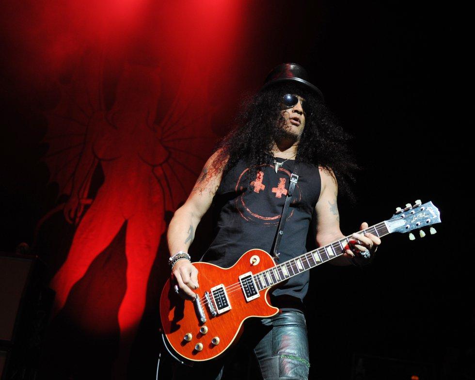 Saul Hudson, mejor conocido como Slash, nació el 23 de julio de 1965 en Stoke-On-trent en Inglaterra.