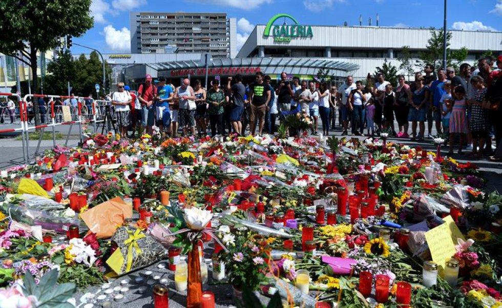 Fiscalía de Múnich asume que el tiroteo fue un acto de locura.