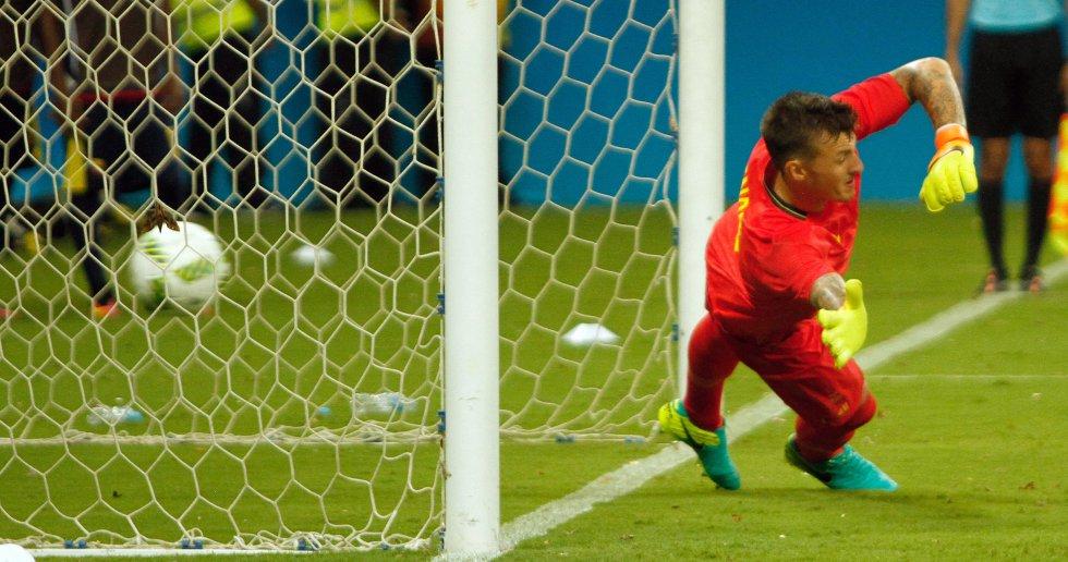 Dorlan Pabón empató el juego desde el punto penal.