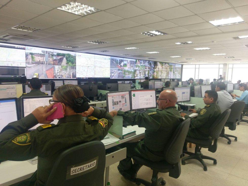 La red LTEe brinda una opción económica de interconexión de las comunicaciones a la Policía, permitiendo cámaras con conexiones Wi-Fi.