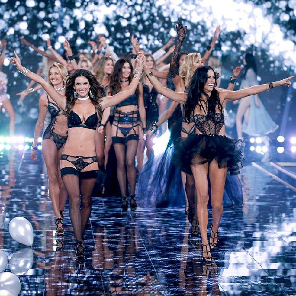 Una de las hermanas menores de clan Kardashian-Jenner, Kendall Jenner con tan solo 20 años suma 10 millones de dólares.