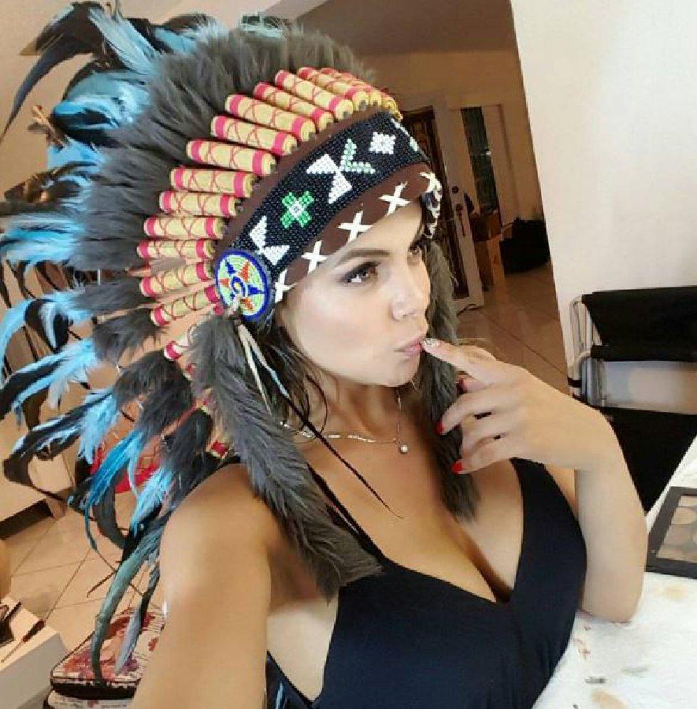 La venezolana Gaby Vegas es reconocida en su país por ser la presentadora del canal de la bolita roja.