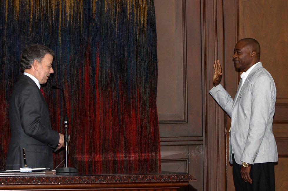 Ubaldo Duany, técnico de Caterine, también fue homenajeado por el presidente Santos.