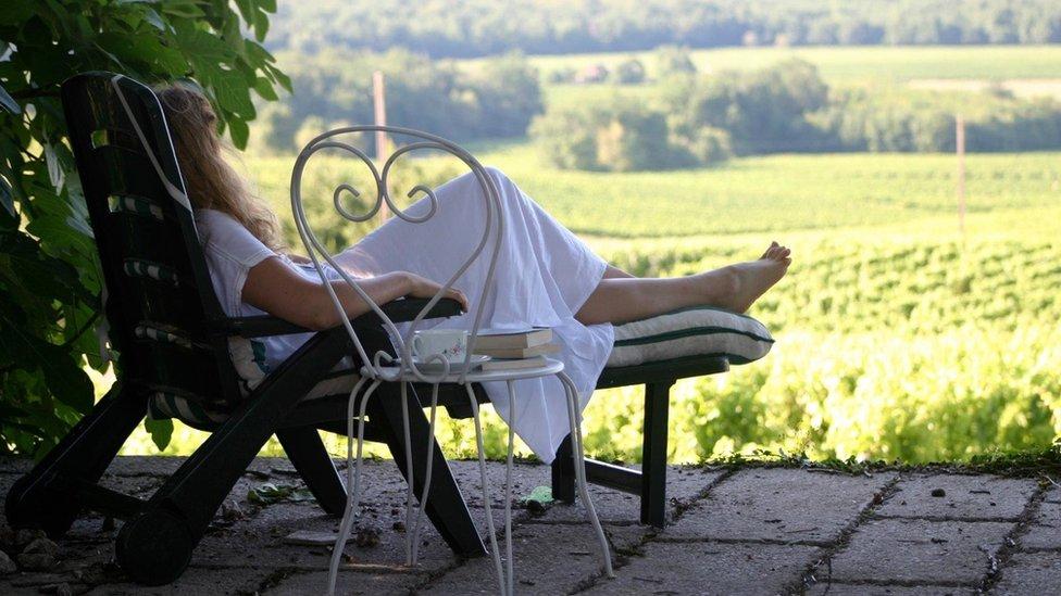 """""""Un buen libro, una taza de té y unas vistas bellas"""". Eso es para Joanna Urwin el descanso."""