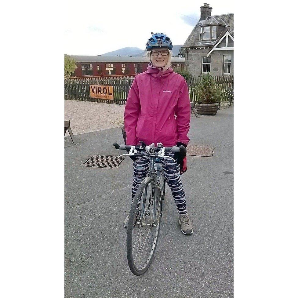 """Angie Main también relaciona el tema de esta semana con la bicicleta: """"Así es como descanso""""."""
