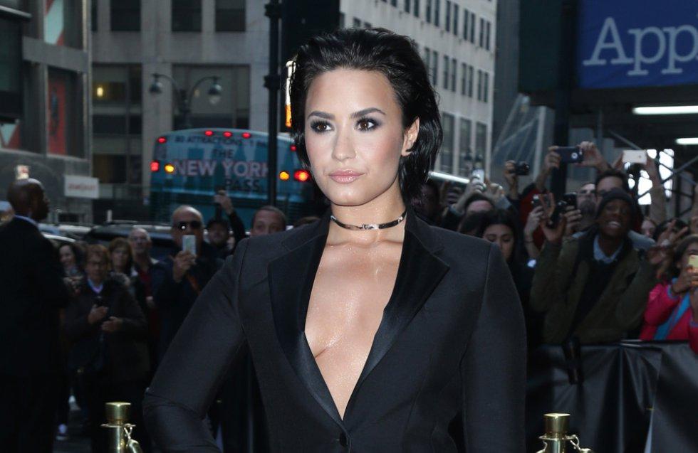 Demi Lovato: y la más reciente ha sido Demi quien hace pocas semanas término su relación con Wilmer Valderrama, ahora es rubia.