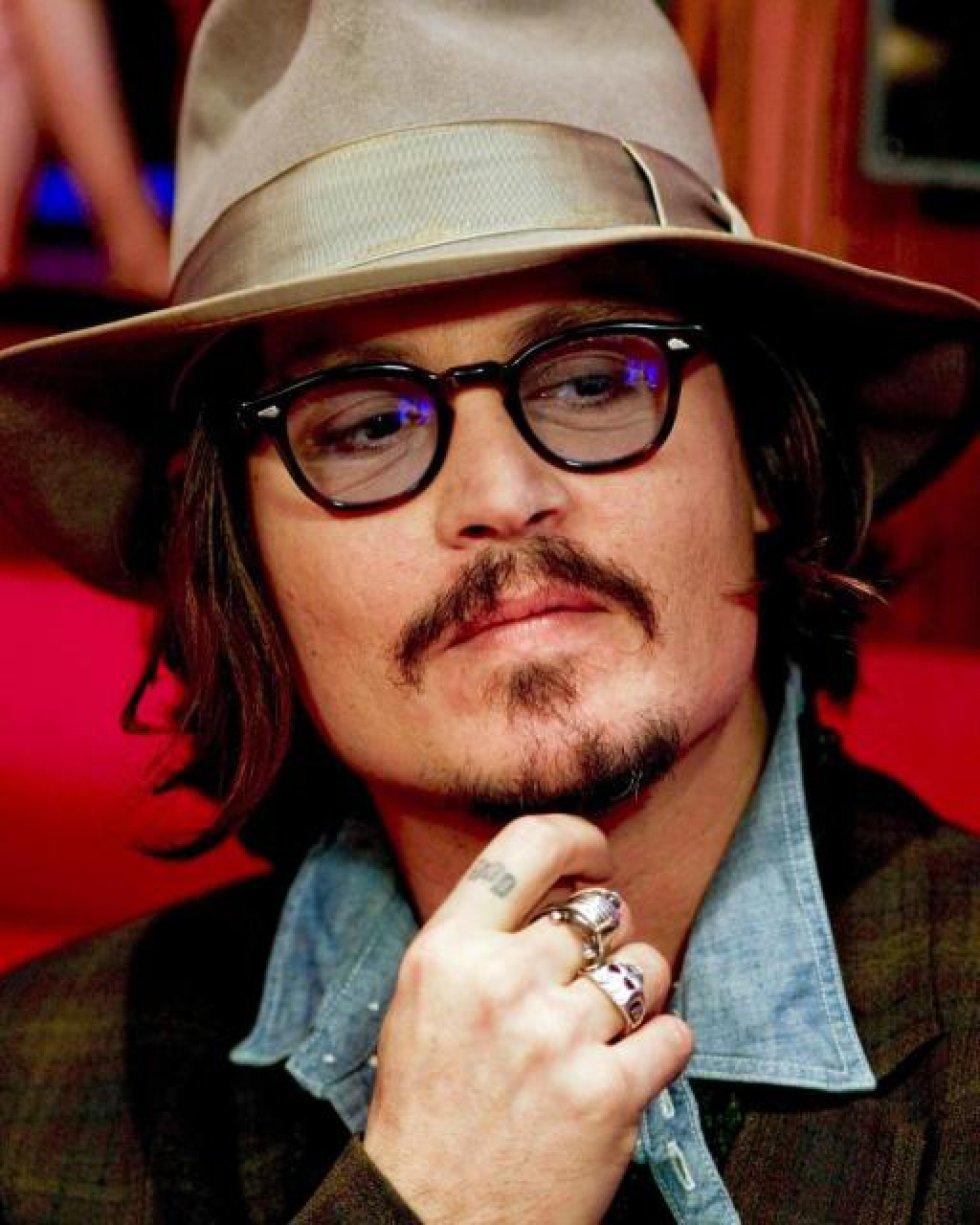 Lily-Rose Depp es hija de actor Johnny Depp y la actriz, modelo y cantante francesa Vanessa Paradis.