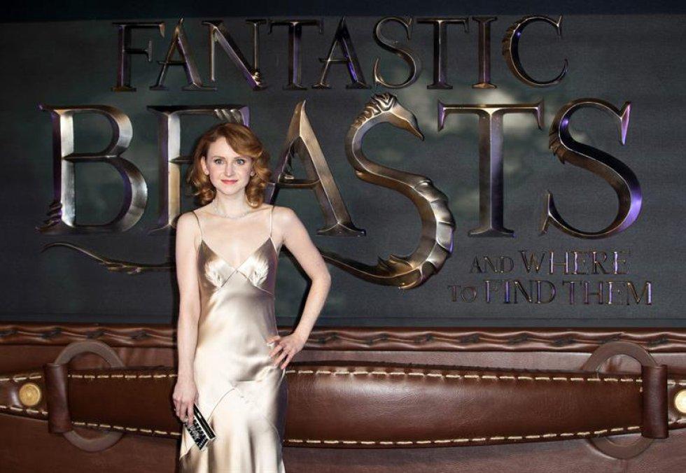 La actriz irlandesa Jenn Murray posa a su llegada al estreno europeo de la película.