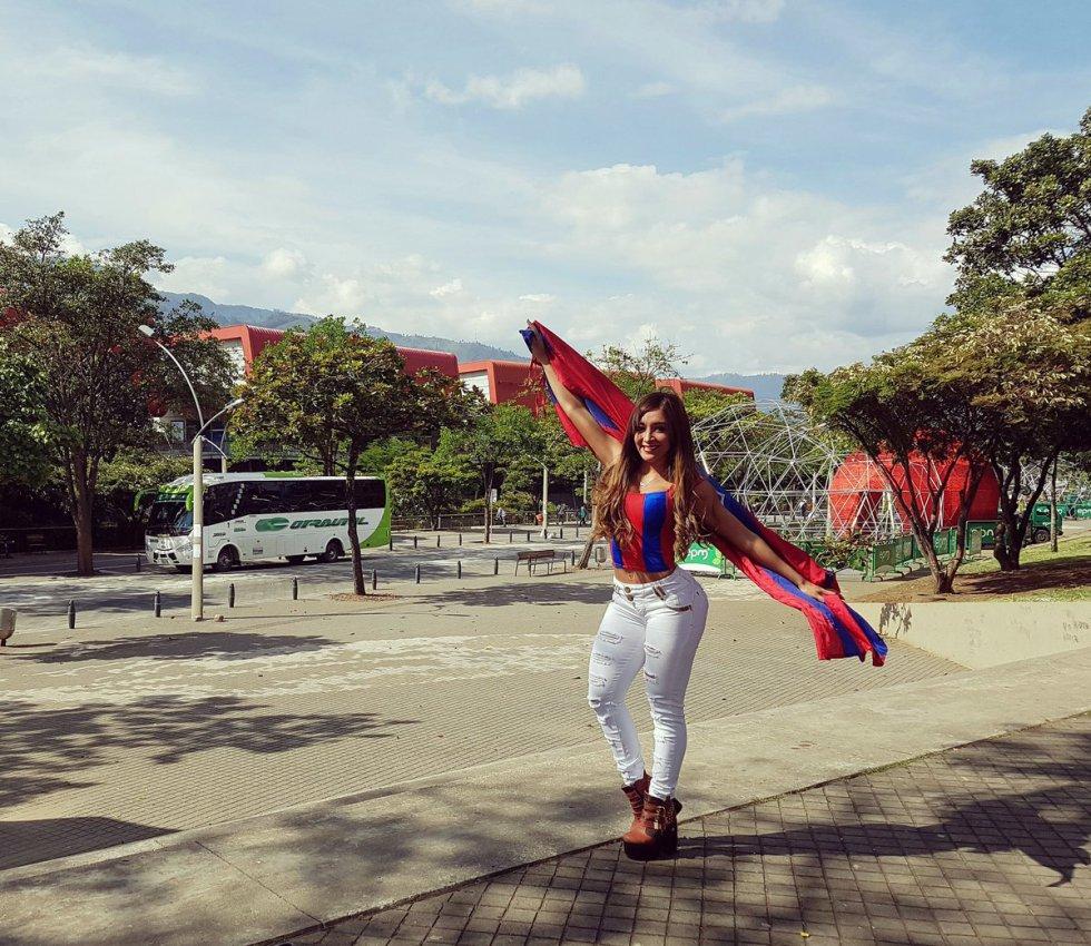 Verónica Almirón es conocida en su país por ser una fiel seguidora del Cerro Porteño.