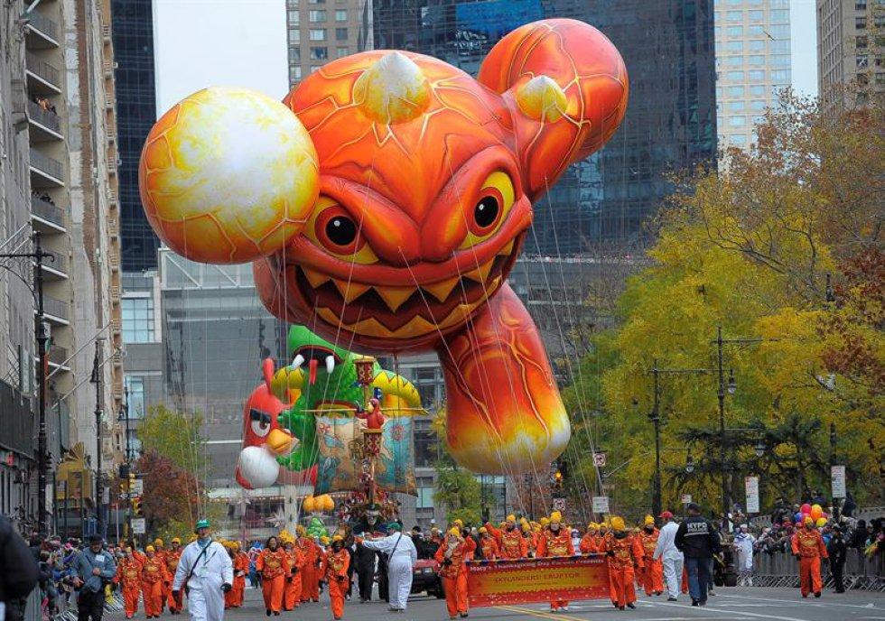 Vista de los globos del desfile del Día de Acción de Gracias en Nueva York, Estados Unidos.