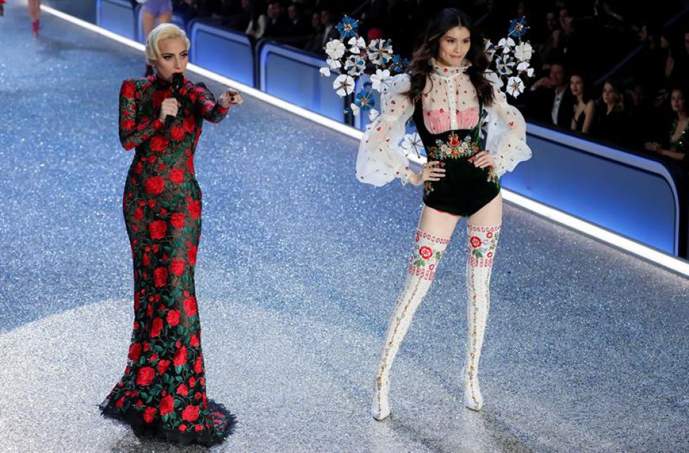 Las modelo llegaron a París el pasado lunes para ser parte de este gran desfile que se realiza anualmente.
