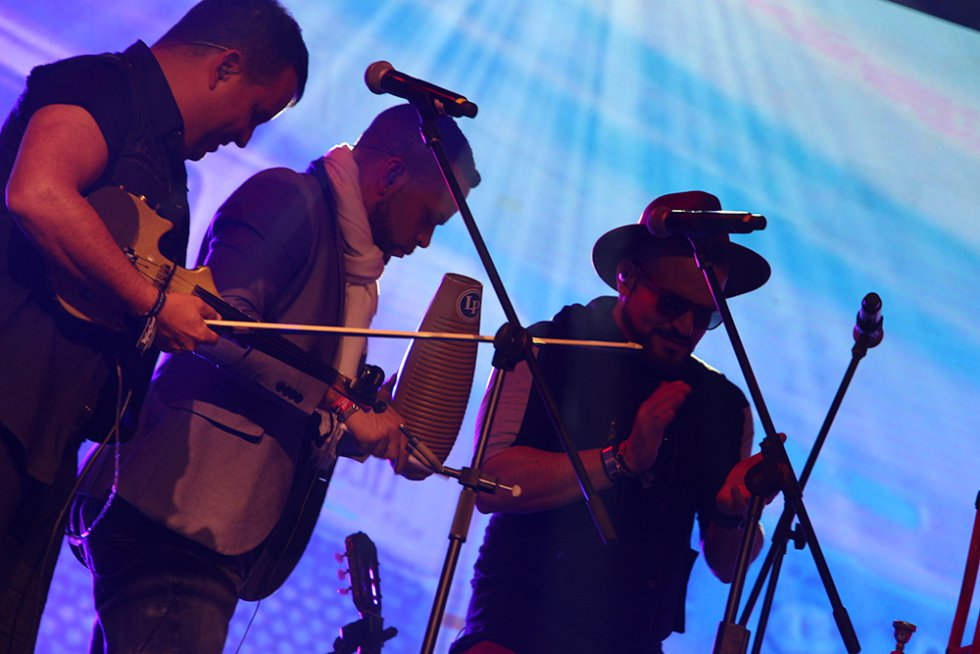 Los encargados de abrir este festival fue el dúo colombiano, Diva Gash.