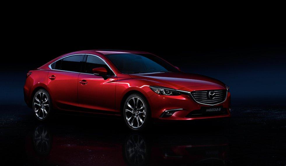El nuevo Mazda 6, que estará disponible en una única versión Grand Touring LX, ofrece una mejorada versión de cada uno de los detalles interiores y avances en el sistema de seguridad i-ACTIVSENSE.
