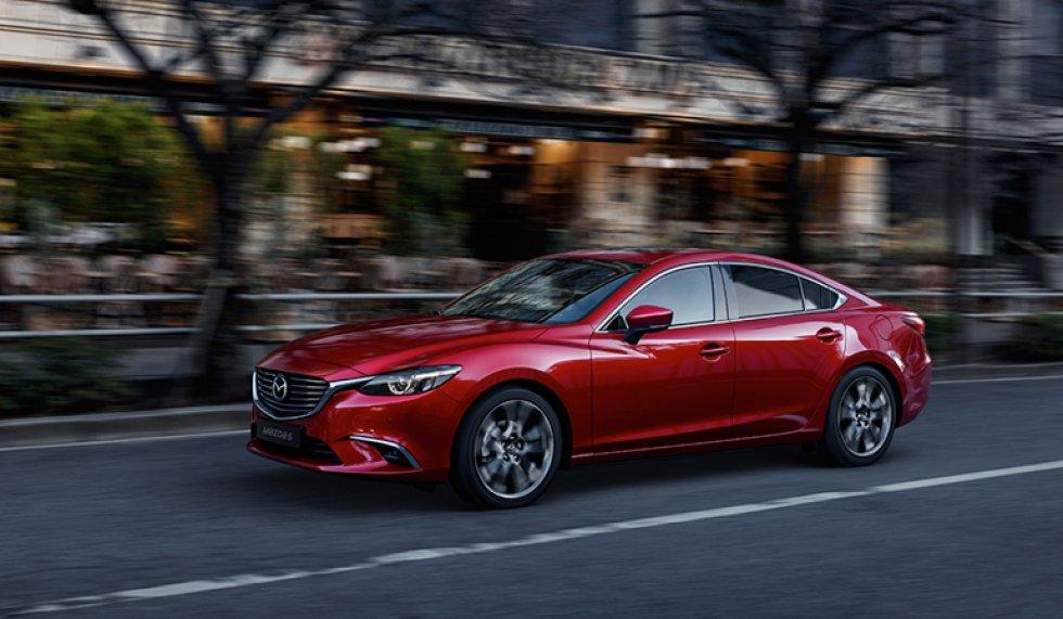 Mazda 6 es el modelo insignia de la marca, ahora en un nivel aún más superior. Ha sido galardonado con más de 230 premios a nivel mundial.