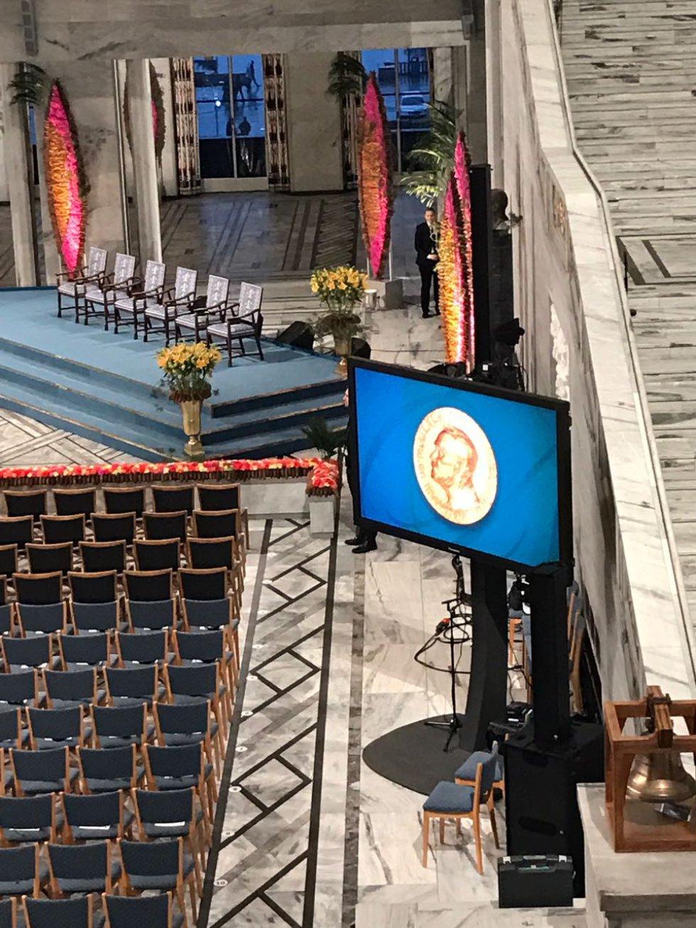 Cinco días después de que los colombianos dieran el 'No' a los acuerdos, el Comité Nobel noruego premió a principios de octubre el papel de Santos