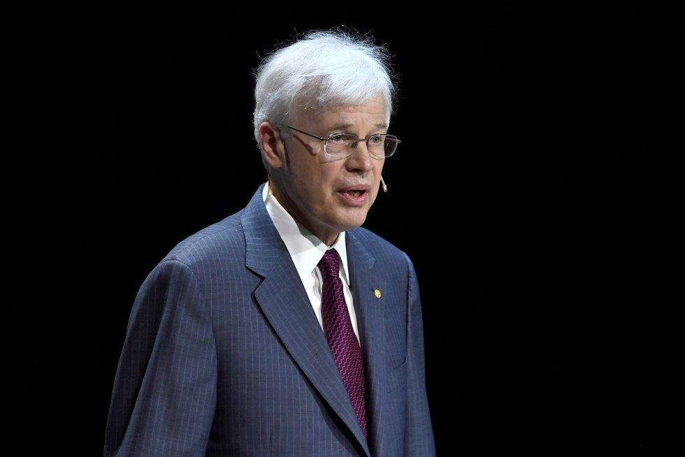 Bengt Holmsröm, Nobel de Economía otorgado por sus contribuciones a la teoría del contrato, a mejorar la comprensión de los efectos de los acuerdos laborales.
