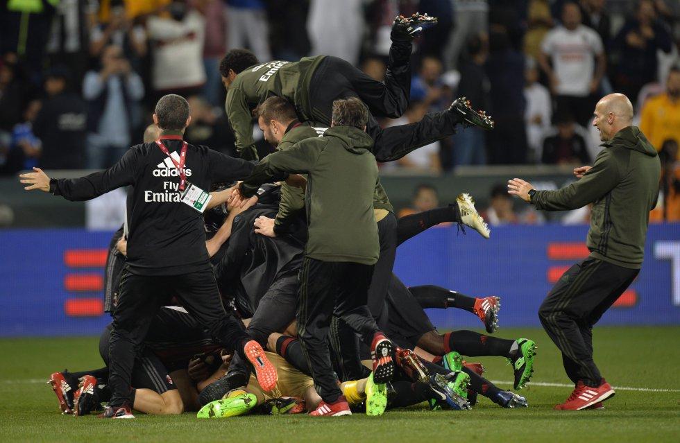 Pasalic convirtió el gol en el penal definitivo de la serie.