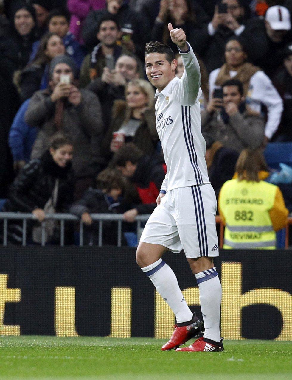 El colombiano calló las críticas y se ganó el aplauso del Bernabéu tras un excelente juego.
