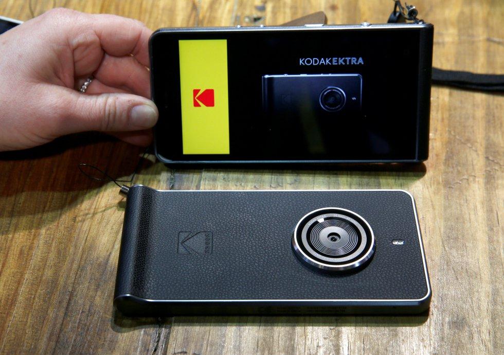 Una de las novedades del CES 2017, fue la presentación del primer smartphone de Kodak, el Kodak Ektra.