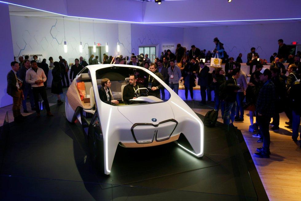 BMW presentó varios prototipos de automóviles.