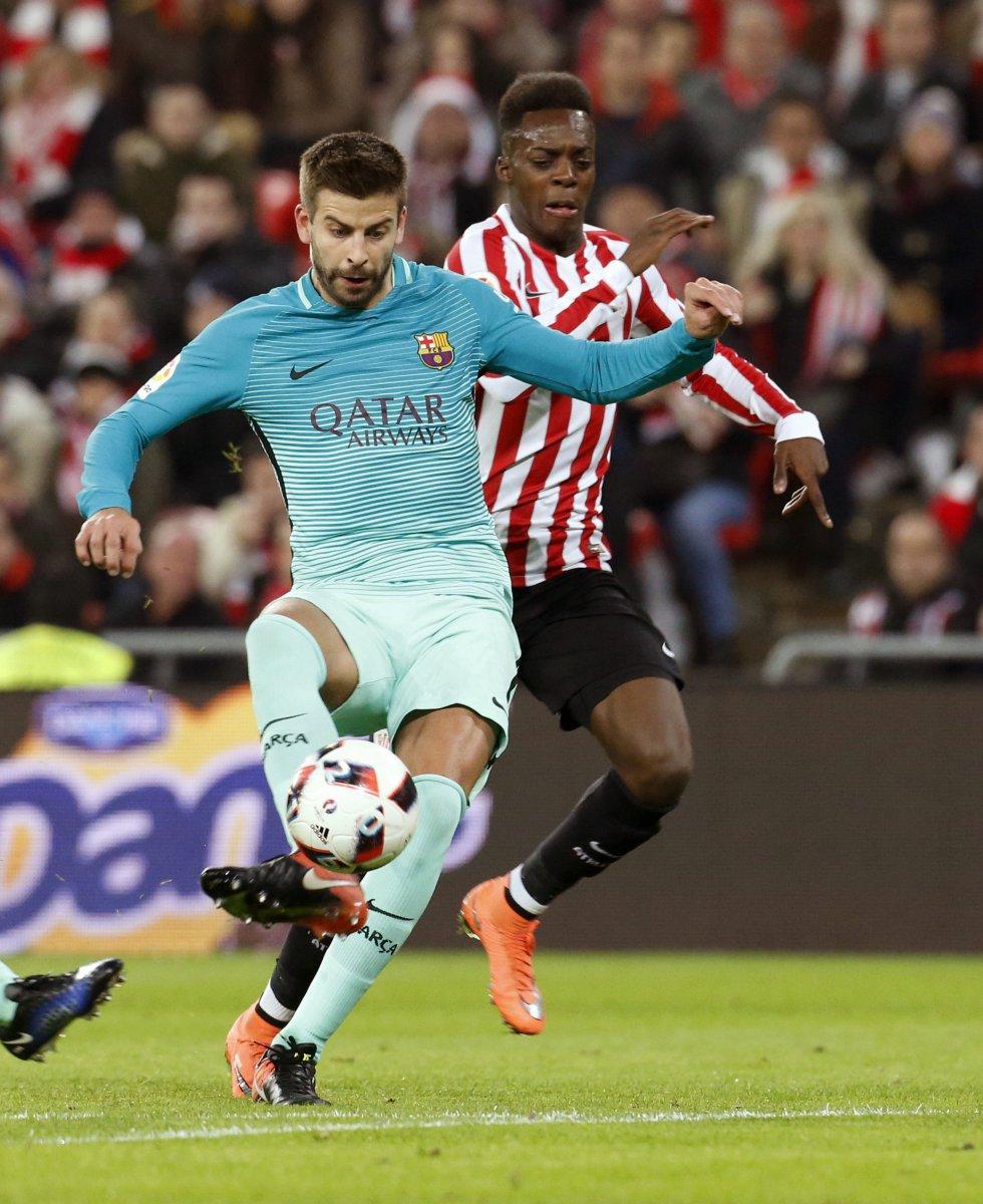 El español Gerard Piqué, defensa de Barcelona.