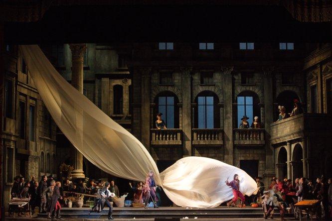 El enfrentamiento entre Montesco y Capuleto se verá en 10 salas del país, ubicadas en 6 ciudades.