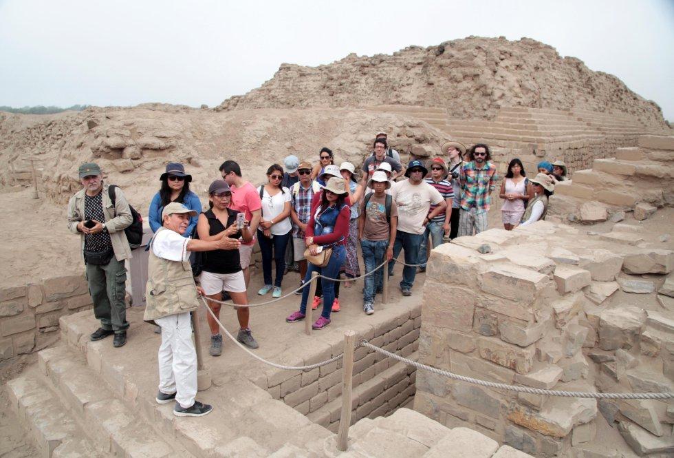 El santuario de Pachacamac, uno de los principales dioses prehispánicos, es nuevamente recorridos en un inédito circuito turístico por las ruinas de los templos y palacios del Antiguo Perú.