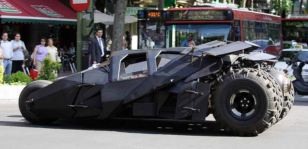 """Este no es el primer ni el último vehículo que será utilizado en una cinta de """"Batman"""". Éste pertenece a la trilogía """"The Dark Knight"""" dirigida por Christopher Nolan."""