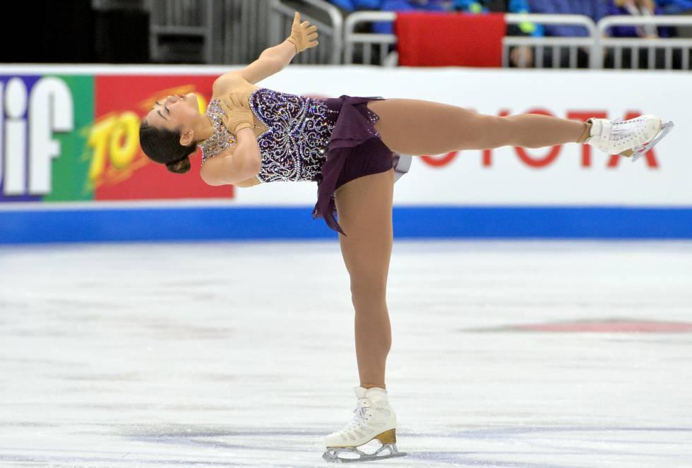Mirai Nagasu durante el campeonato durante el Campeonato de Patinaje Artístico de de Estados Unidos en Sprint Center.