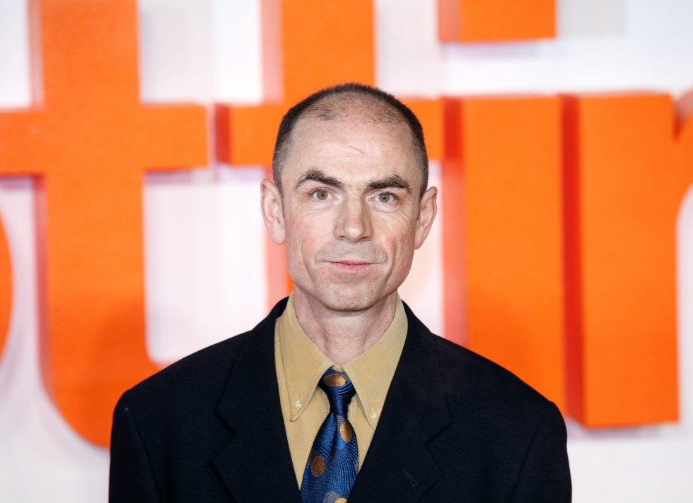 John Hodge, guionista de la cinta.