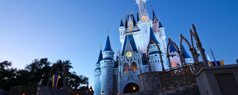 Magic Kingdom: este parque se encuentra en Orlando, Florida, lleno de fantasía.