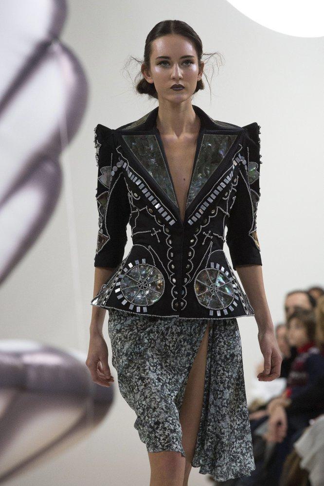 Además se pudo ver los diseños de los búlgaros Livia Stoianova and Yassen Samouilov para la marca On aura tout vu