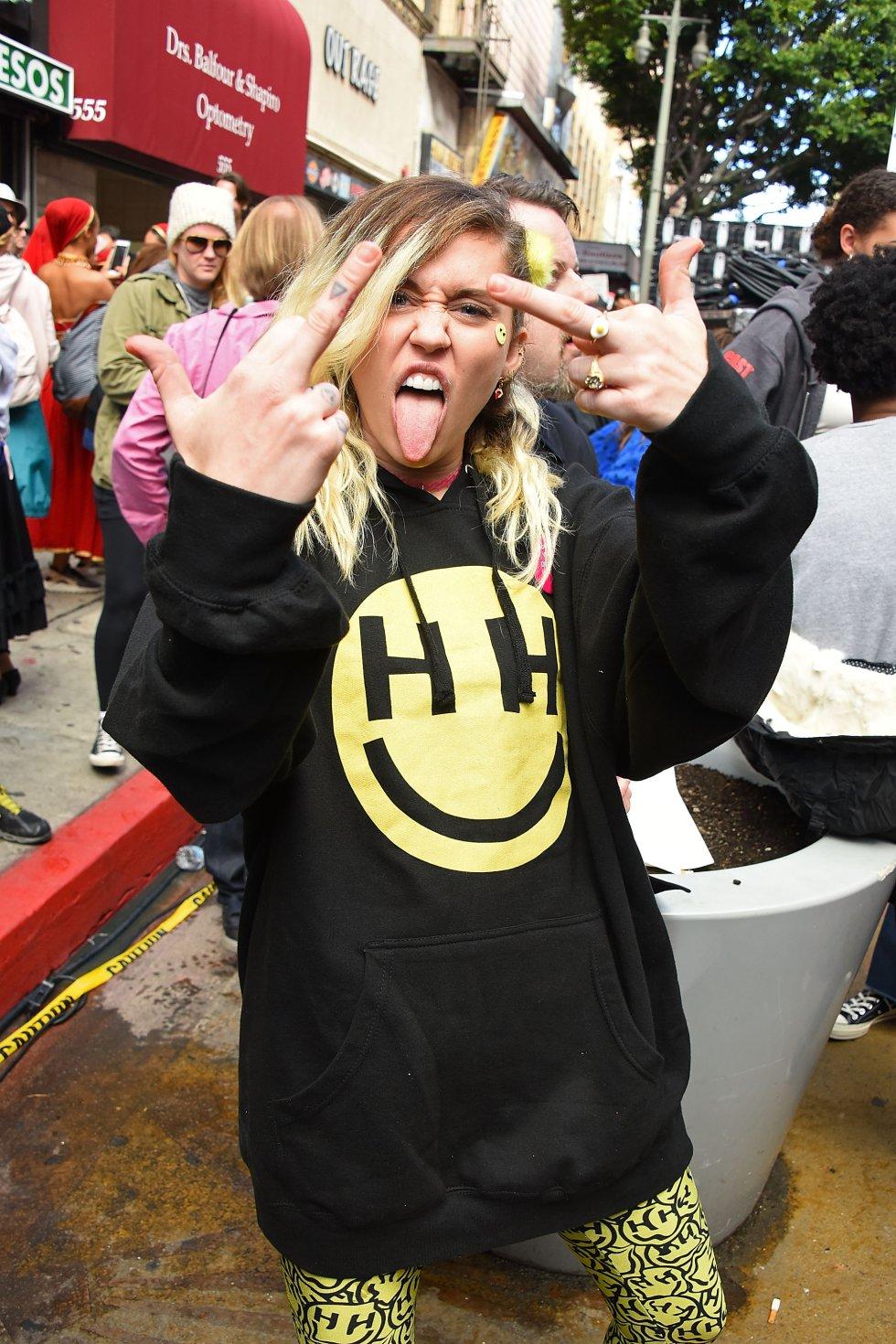 Miley Cyrus en la marcha de la mujer en Los Ángeles.