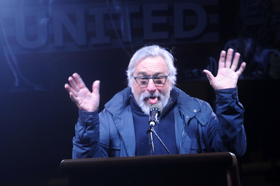 Robert De Niro hablando en We Stand United.