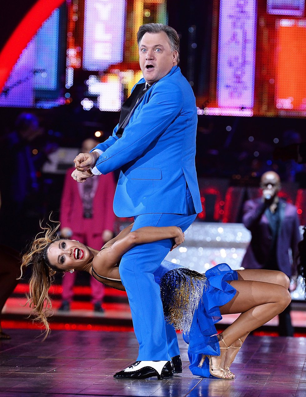 Katya Jones y Ed Balls 'Strictly Come Dancing' en Inglaterra.