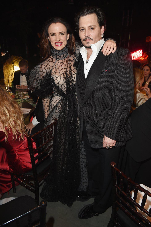 Tras la ruptura Deep conoce a Juliette Lewis, tuvieron su noviazgo por tres años.