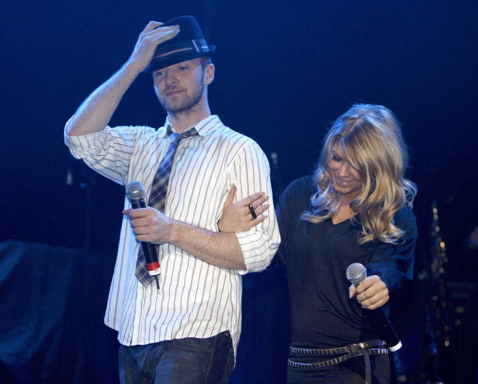 Entre sus conquistas amorosas se encuentra la cantante Fergie(Black Eyed Peas). Ellos salieron cuando ella tenía 23 y él 16 años.