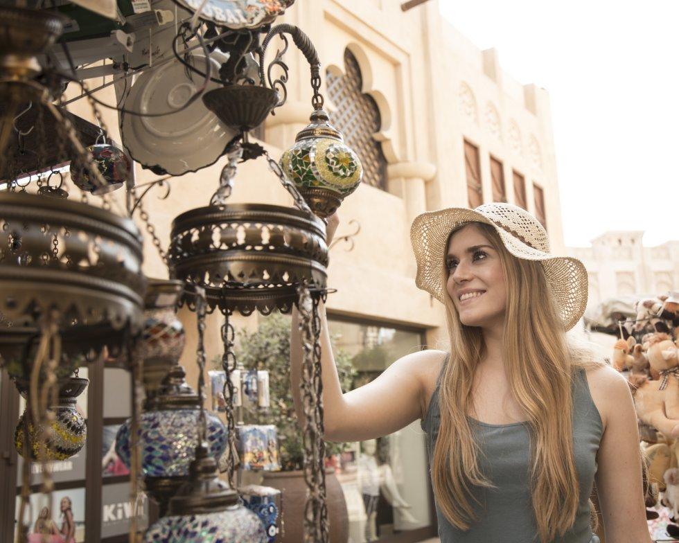 Una muestra de los más de 400 restaurantes te permitirá saborear la diversidad étnica de Dubái.