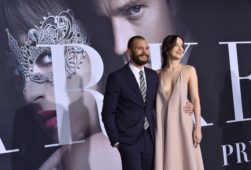En esta segunda parte seguirán protagonizando Jamie Dornan y Dakota Johnson a Christian Grey y Anastasia Steele.