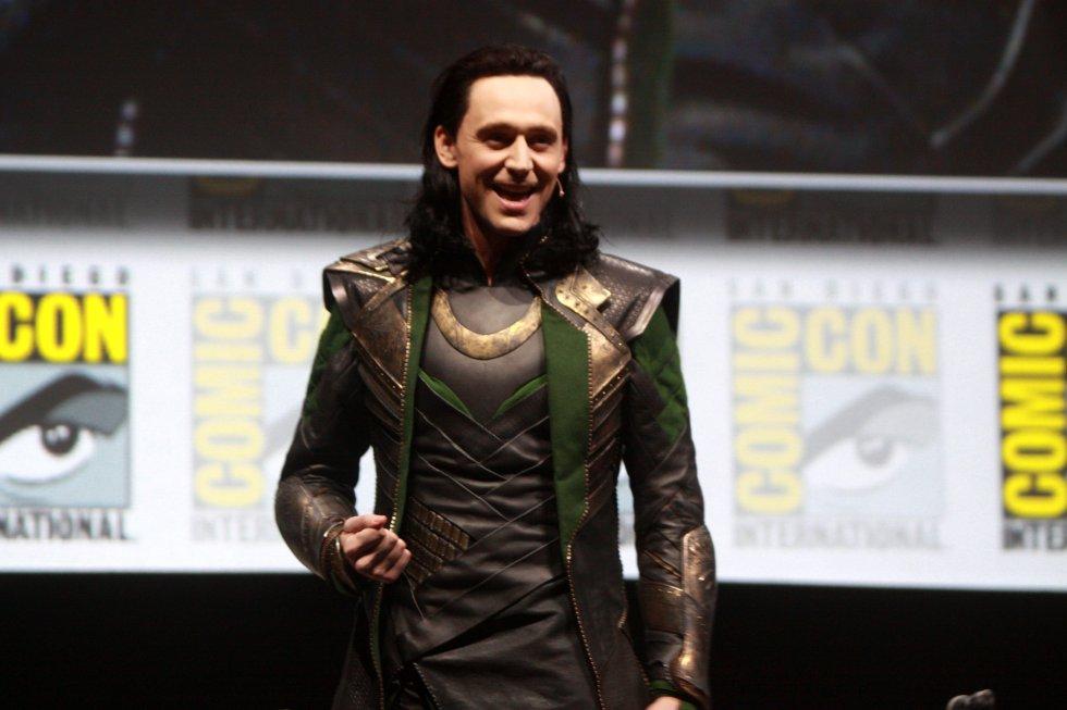 """Tom audicionó para ser """"Thor"""" en la famosa película de Marvel. Sin embargo, vieron que tenía una personalidad mucho más fuerte para ser villano. Así que aceptó el papel de """"Loki""""."""