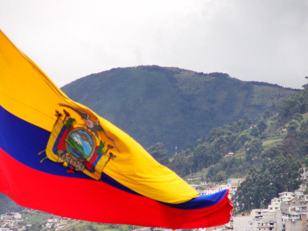 Ecuador: viajaron 286.427 colombianos en 2016.