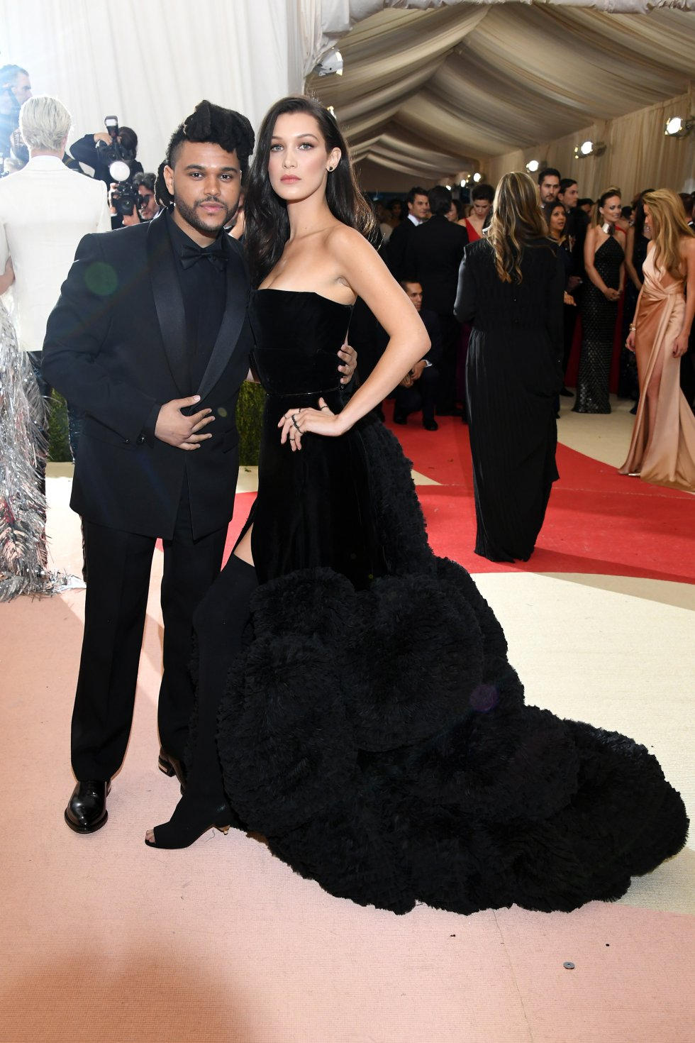 A inicios de 2017 el artista se dio una oportunidad con la también cantante Selena Gómez, del que se rumora un embrazo y matrimonio.