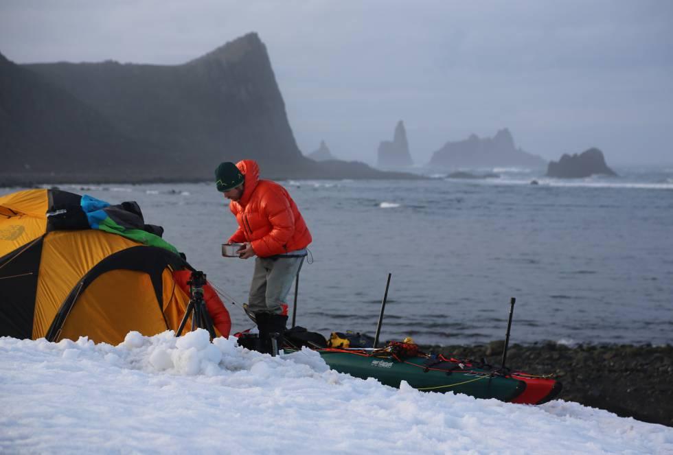 Es esta conexión íntima y directa con el entorno lo que empuja a los deportistas a seguir realizando expediciones en lugares tan remotos como la Antártida.