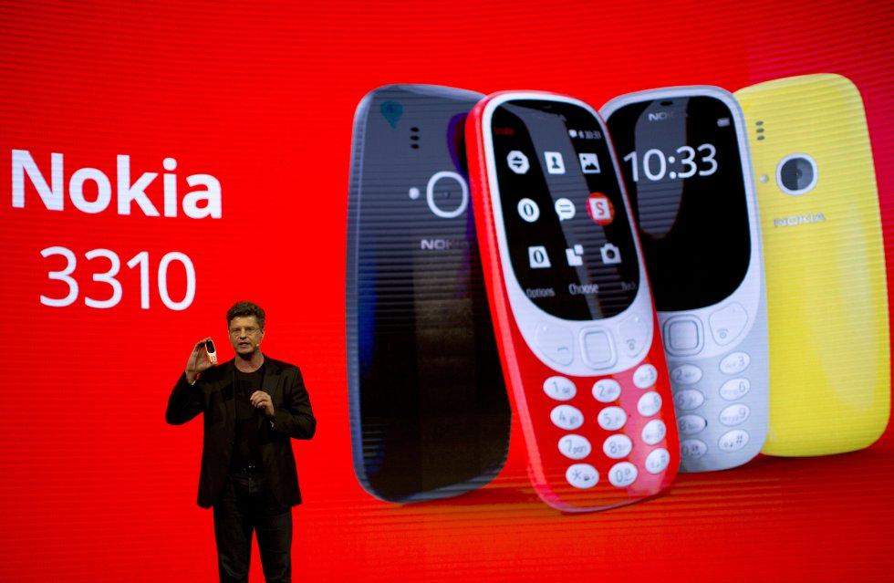 A pesar que el Nokia 3310 fue lanzado en la primera jornada, no ha dejado de causar sensación entre los asistentes a este congreso. Esta nueva versión del teléfono costará unos $150.000 pesos colombianos aproximadamente.