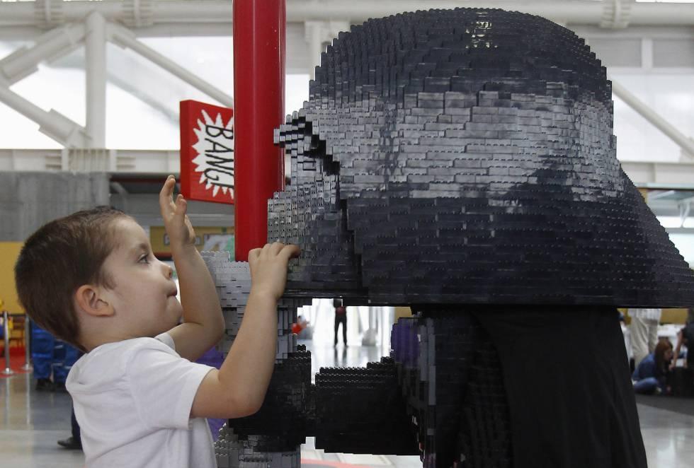 Lego Star Wars es una de las estaciones que tiene esta exposición.