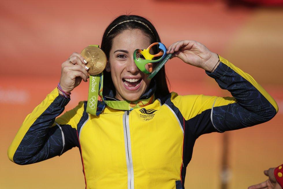Mariana Pajón: Única deportista nacional en la historia en alcanzar dos medallas de oro olímpicas. La antioqueña es la reina del BMX.