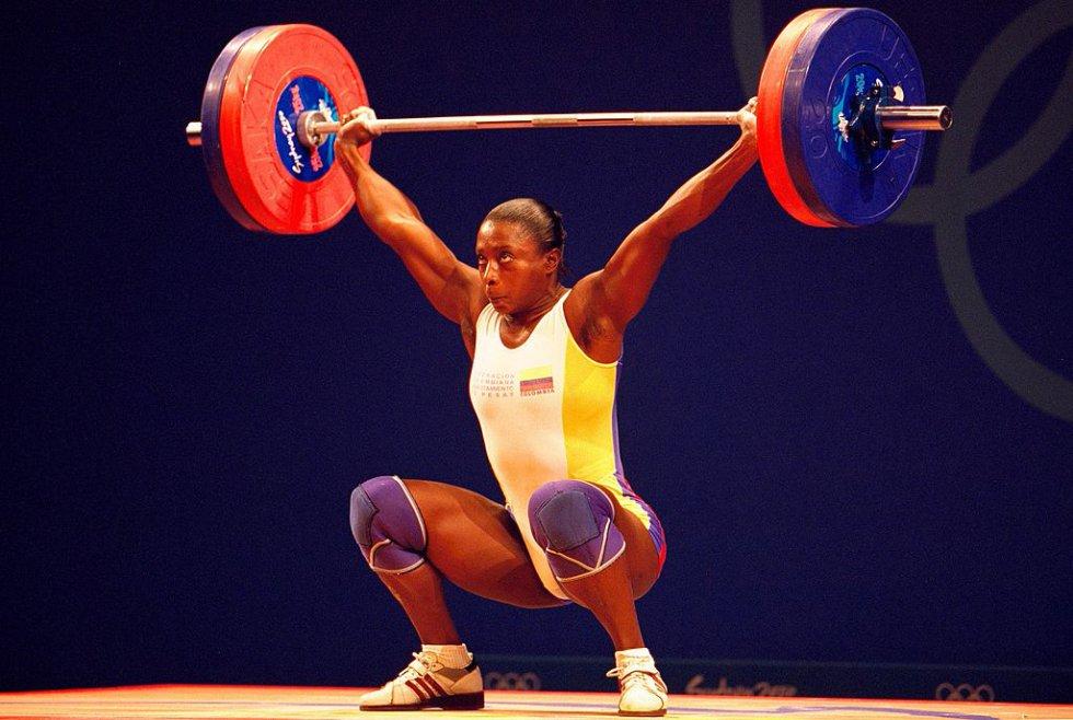 María Isabel Urrutia: La pesista le entregó al país la primera medalla olímpica de oro en su historia en los Juegos de Sidney 2000.
