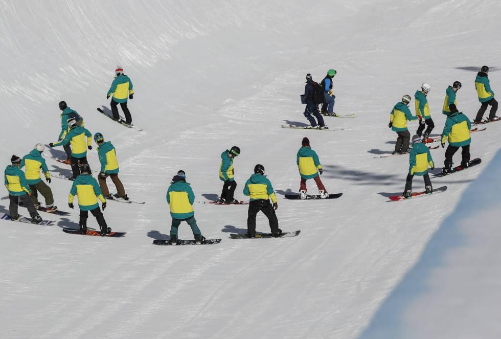 Un total de trece disciplinas integran el calendario de los Mundiales de freestyle (esquí estilo libre y acrobático) y snowboard (tabla de nieve) que alberga la estación andaluza de Sierra Nevada.