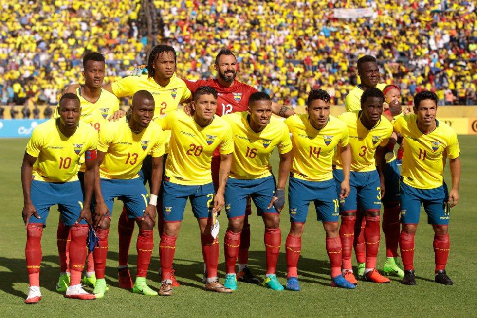 Así formó Ecuador al inicio del encuentro.